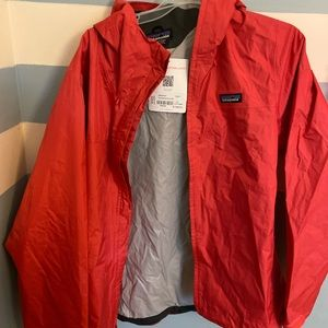 Patagonia torrentshell jacket never worn coral